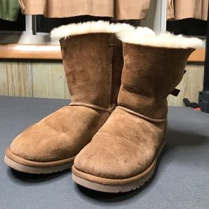 Genuine UGG Bailey Bow Fur Lines Boots